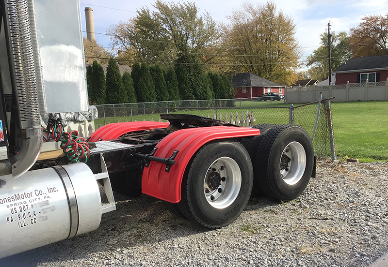Red Poly Half Fenders for Semi Trucks
